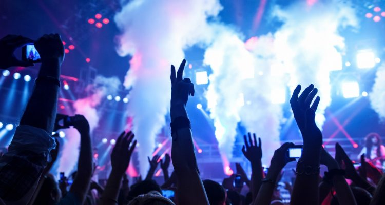 party places on this valentine's day in mumbai