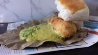 best vada pav places in Mumbai - gajanan vada pav