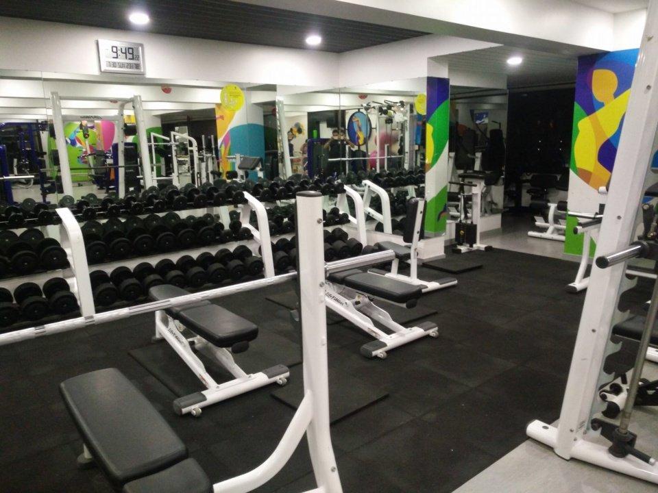 gyms in andheri west
