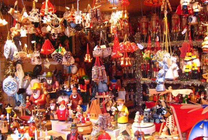 Christmas in Mumbai Off Prarthana Samaj & Park Road